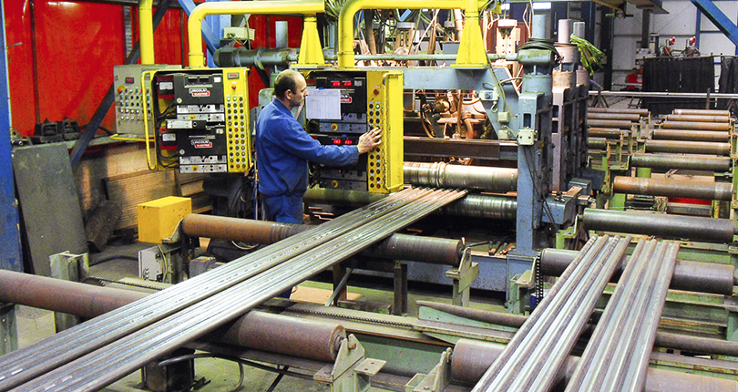 Welding and forming of boiler screens